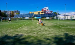 W tenisa zagramy nawet zimą